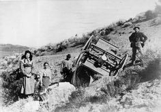 These Oregon Trail pioneers were lucky they weren't seriously injured or even killed when their wagon overturned on them. Description from pinterest.com. I searched for this on bing.com/images