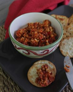 Sundried tomato and capsicum dip Thermomix Recipes Healthy, New Recipes, Favorite Recipes, Recipies, Christmas Lunch, Cooking Classes, Chana Masala, Food For Thought, Yummy Food
