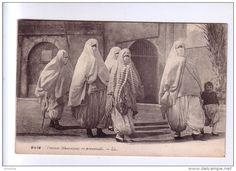 Femmes mauresques en promenade - Algiers