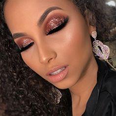 Exceptional Gorgeous makeup tips are offered on our site. Check it out and you wont be sorry you did. Prom Makeup, Girls Makeup, Bridal Makeup, Wedding Makeup, Hair Makeup, Makeup Art, Makeup Goals, Makeup Inspo, Makeup Inspiration