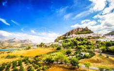 Discover the White Villages of Andalusia 😍  Scattered throughout the south of #Andalusia 📍 between the provinces of #Cadiz and #Malaga, we find a whole set of small villages 🏚️ full of charm! 🌄