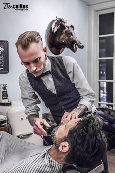 Art-loving Camera crazed travel addicted chef with a thing for elephants big cats and well dressed men Barbershop Design, Barbershop Ideas, Beard Styles, Hair Styles, Barber Shop Decor, Best Barber, Japanese Hairstyle, Men's Grooming, Hair Designs