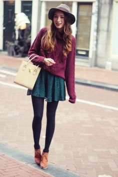 bowler hat + chunky sweater + circle skirt + tights : quirk, fall outfit