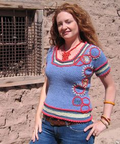 Mesilla short-sleeved pullover with embroidered detailing