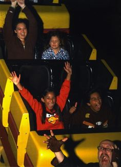 <b>There's an elusive art to the perfect roller coaster photo.</b> These people have perfected it.