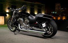 2009 Harley-Davidson VRSCF V-Rod Muscle #Motorbikes #Biker