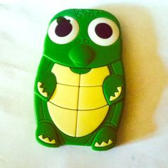 Turtle iPhone 4/4s case. Super protective iPhone 4/4s phone case. Adorable cute turtle with sweet big happy eyes. It was my make me happy case when I looked at it. Accessories