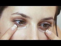 Se puso aceite de coco alrededor de sus ojos. 5 minutos más tarde. SORPRENDENTE! - YouTube