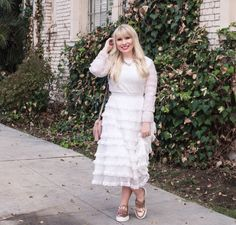 How to style a white ruffled dress for fall