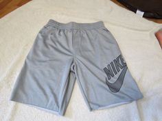 Nike SB skateboarding active workout shorts M MD 623810 DRI FIT GREY Mens RARE  #NIKESB #shorts