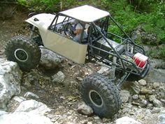 New Twisted Customs Monster Buggy - Page 6 - Pirate4x4.Com : 4x4 and Off-Road Forum