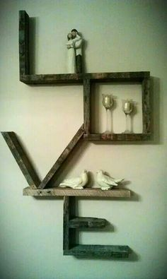 Great Idea to display items from our wedding. Flowers, toasting glasses, cake cutter, pictures