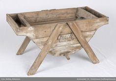 Redskap @ DigitaltMuseum.no Wheelbarrow, Garden Tools, Table, Furniture, Home Decor, Decoration Home, Room Decor, Yard Tools, Tables