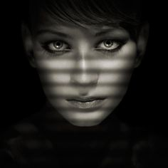 Blind shadows combined with facial structure and a bottom bounce - awesome.