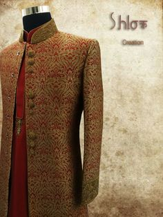 Jeqard sherwani with maroon kurta and chudidar for wedding groom..
