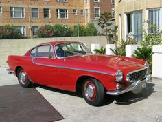 Volvo 1964 my ultimate dream car.just need to learn to drive! Volvo Coupe, Volvo P1800s, Volvo Cars, Vintage Cars, Antique Cars, Car Photos, Peugeot, Cool Cars, Dream Cars