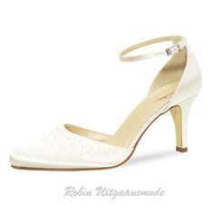 #bruidsschoenen #bridalshoes #trouwschoenen #weddingshoes #rainbowclub #elsa http://www.galajurk.nl/images/bruidsschoenen-5.jpg