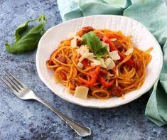 12 kolbászos fogás, ami után mindenki megnyalja mind a tíz ujját! Spaghetti, Paleo, Ethnic Recipes, Food, Essen, Beach Wrap, Meals, Yemek, Noodle