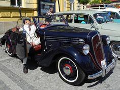 Skoda Popular Vintage Cars, Antique Cars, Tractor, Classic Cars, Popular, Vehicles, Vintage Classic Cars, Tractors, Popular Pins
