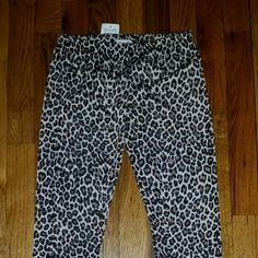 DeLiAs Animal Print Leggings XS-S - NWT  Brand new, never worn, no damage.    Smoke-free, pet-free household.    No trades/swaps!   No holds!   No low-balling!   No PayPal!   ✔ Reasonable offers welcomed! Please use the offer button so I know you are serious about the item! I will not respond to price negotiations via comments.  ✔ I love bundling! Not only will you get ONE shipping fee, I will also discount your combined total! Please ask me in the comments!   Happy poshing!  DeLiAs  Pants…
