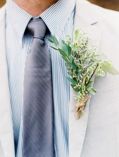 blue stripes and greenery bout /// photo by Laura Murray, floral by Bella Lu Floral (tie shirt combo)
