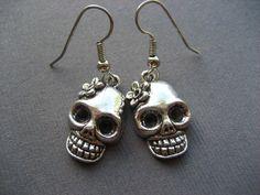Fabtastic Designs on Etsy! Rocker chick skull earrings, $1! #rockandroll #rockerchick