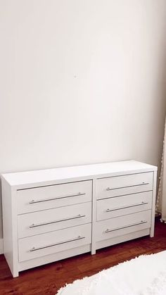 Bedroom Closet Design, Room Ideas Bedroom, Home Room Design, Cozy Bedroom, Bedroom Decor, Bedroom Cupboards, Bedroom Drawers, White Room Decor, White Rooms