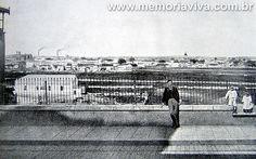 SP – Várzea do Carmo em 1910 A Várzea do Carmo em 1910, sempre alagada, numa vista tirada da Rua Florêncio de Abreu, junto à antiga grade que ali existia.