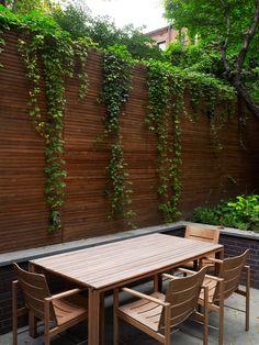 Diseño de Interiores & Arquitectura: Creativa Residencia Chelsea Adosada en Tres Niveles