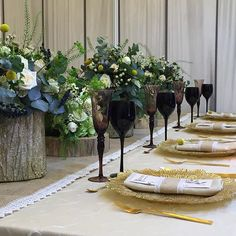 Now, live from Palatul Parlamentului! Your Perfect, Table Decorations, Photo And Video, Live, Instagram, Home Decor, Atelier, Decoration Home, Room Decor