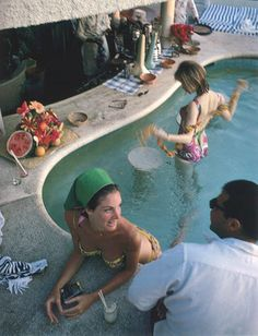 Slim Aarons at the pool
