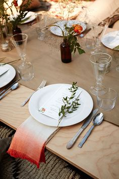The color of a dip dyed linen will stand out on a light, natural oak or deep stained table top.