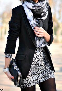 Blazer / Animal Print / Black / White