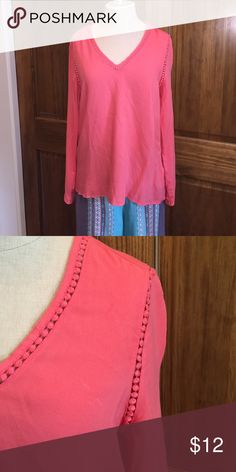Old Navy tunic style top Vneck, super soft viscose tunic long sleeve top. Cute crochet detailing in a pretty coral color. Old Navy Tops Tunics