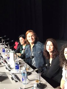 Looks like Sam's having a ball. - Sam Heughan and Caitriona Balfe of Outlander from Comic Con 2015