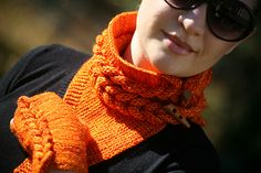 Ravelry: Hold-Me-Tight cowl pattern by Myla Vayner Cowl Scarf, Knit Cowl, Crochet Patterns For Beginners, Knitting Patterns, Baby Blanket Crochet, Crochet Baby, Hold Me Tight, Boyfriend Crafts, Crochet Needles