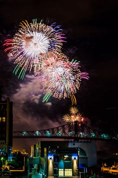 Montreal in Pictures: Jun30 - Japan fireworks.
