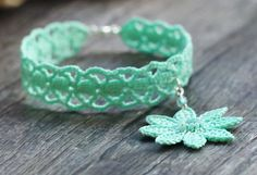 Hey, I found this really awesome Etsy listing at https://www.etsy.com/pt/listing/158730009/aquamarine-lace-bracelet-light-green