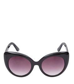 Lunettes teintées   15 paires de lunettes aux verres teintés pour voir la  vie en rose 479fc685caf1