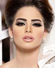 makeup 2014 #makeup #fashion http://shootmoments.net/women/