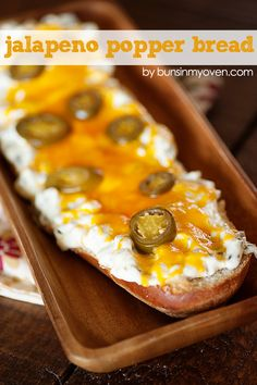 Jalapeno Popper Bread- fun unique party appetizer