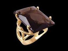 Resultado de imagem para aneis de ouro com pedras grandes