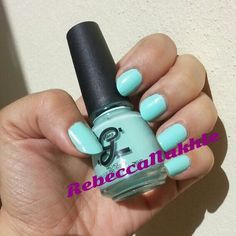 Just wanted to show this gorgeous Nail Polish Color before I do any Nail Art. Neon Mint Nails using Glane #17