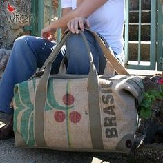 The perfect Wren burlap bag