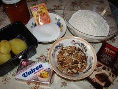 Cristina's world: Prajitura delicioasa de post, cu foi si gem Gem, Breakfast, Food, Morning Coffee, Essen, Jewels, Meals, Gemstone, Gemstones