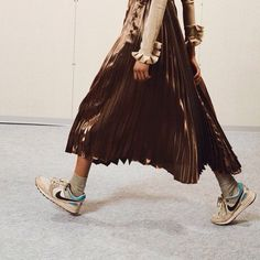 pleated skirt and sneakers #pixiemarket #fashion #womenclothing @pixiemarket