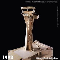 #BiogrEnricMiralles 1993 Torre de control para el aeropuerto de Alicante. Una Columna Vacia #EnricMiralles Airport Control Tower, Lookout Tower, Tower Building, Tower Design, Arch Model, Wood Architecture, Water Tower, Urban Planning, Wood Design