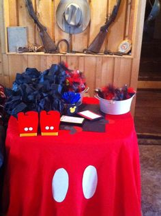 Super cheap way to have a Mickey table skirt get a red one dollar tree table skirt and then cut two white circles and tape them on Mickey Mouse Baby Shower, Baby Mickey, Mickey Birthday, Baby Mouse, Mickey Minnie Mouse, 2nd Birthday Parties, Birthday Ideas, Baby Shower Games, Baby Shower Parties