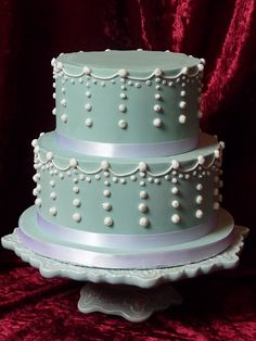 Duck egg blue & pearl cake