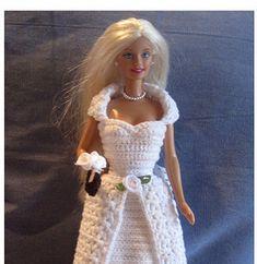 62 Ideas for crochet free pattern dress barbie clothes Yohji Yamamoto, Clothing Patterns, Dress Patterns, Pattern Dress, Crochet Patterns, Free Barbie, Accessoires Barbie, Collars, Crochet Barbie Clothes